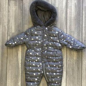 Tahari puffer body suit 3/6 months